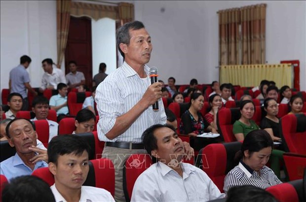 越南国会副主席冯国显接待莱州省选民 hinh anh 2