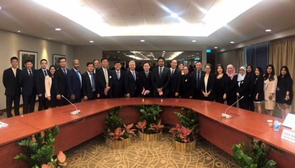 促进东盟资本市场的可持续发展与互联互通 hinh anh 1