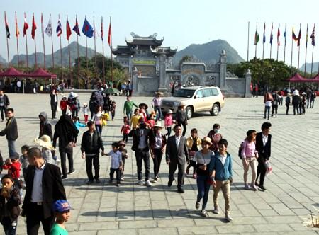 宁平省努力提高三谷碧洞旅游区的服务质量 hinh anh 1