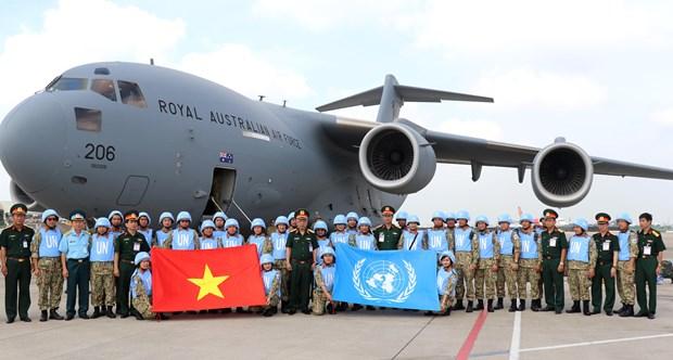 越南赴南苏丹维和二级野战医院第二批医疗队出征 hinh anh 2