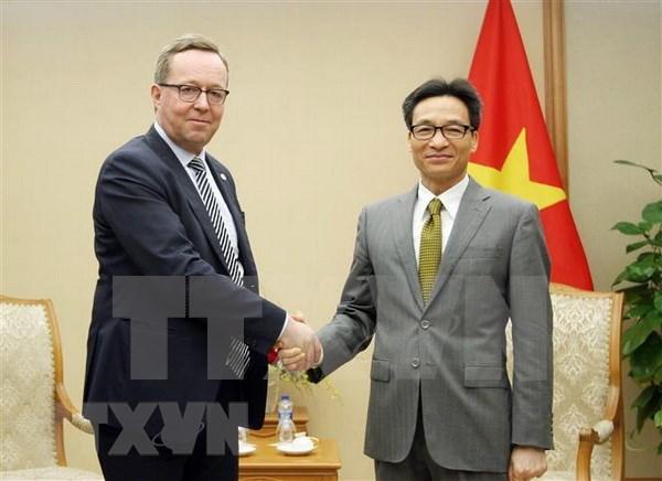越南政府副总理武德儋会见芬兰经济部部长米卡林拉 hinh anh 1