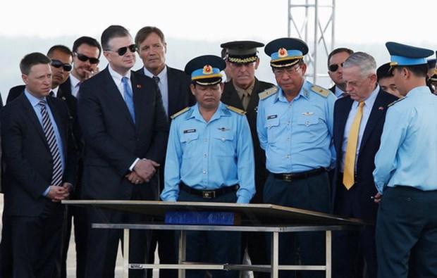 越南与美国加强防务领域的合作 hinh anh 1