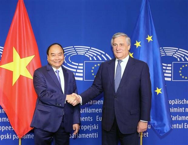越南政府总理阮春福对欧盟进行工作访问:欧洲委员会通过EVFTA hinh anh 2