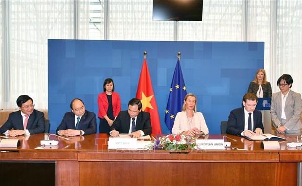 越南与欧盟签署《森林执法、治理与贸易的自愿伙伴关系协定》 hinh anh 1
