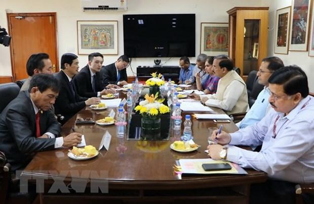 越南共产党代表团以特邀贵宾身份访问印度 hinh anh 1