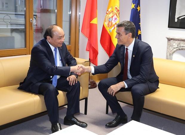 政府总理阮春福出席第十二届亚欧首脑会议期间举行多场双边会晤 hinh anh 2