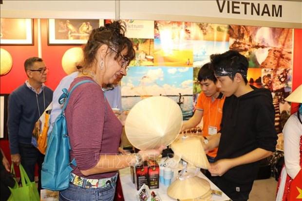 越南与加拿大旅游合作潜力有待挖掘 hinh anh 1
