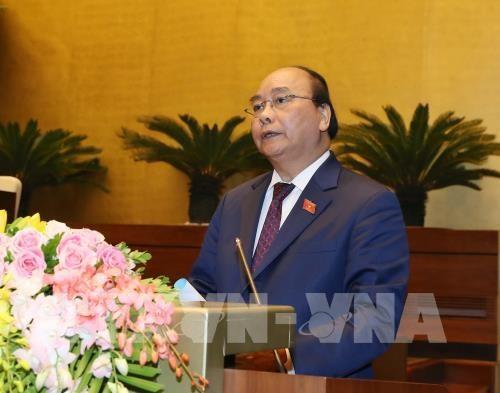 越南第十四届国会第六次会议:越南经济社会释放积极信号 hinh anh 1