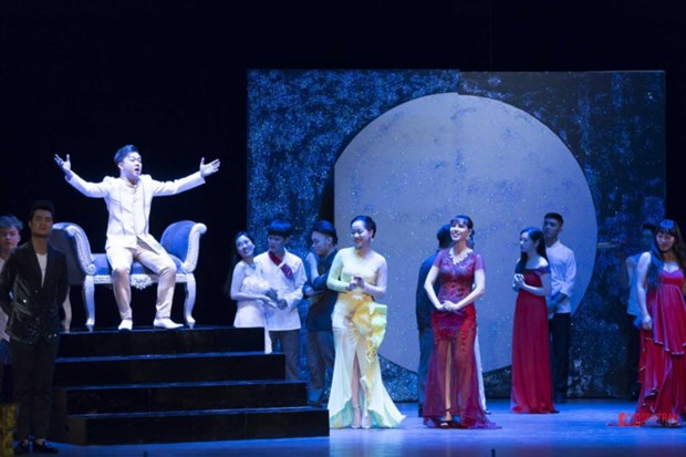 小约翰·施特劳斯轻歌剧《蝙蝠》即将在越南演出 hinh anh 1