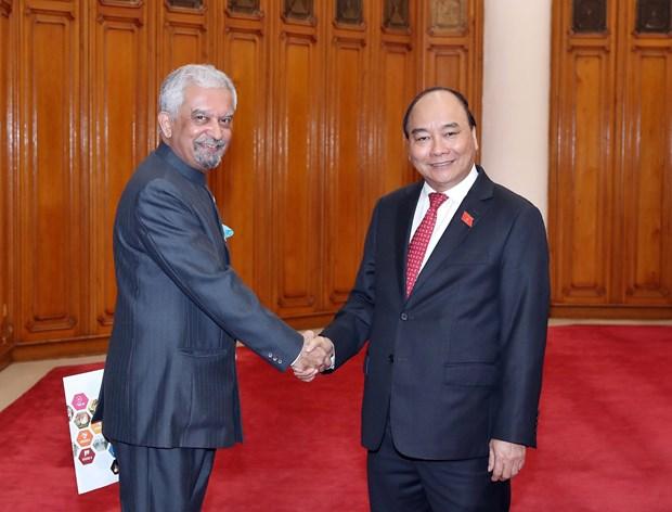 政府总理阮春福会见联合国各组织驻越首席代表 hinh anh 1