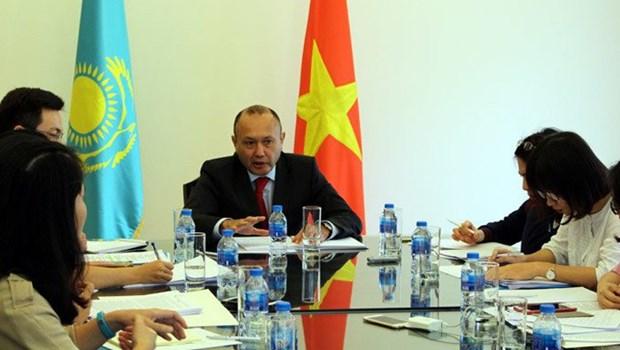 进一步加强越南与哈萨克斯坦之间多方面合作关系 hinh anh 1