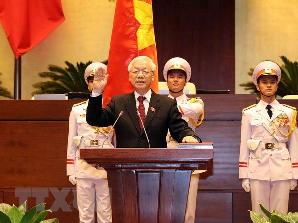 世界各国领导人继续向越南新任国家主席阮富仲致贺电 hinh anh 1