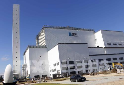 越南首家垃圾焚烧发电厂将于11月底并网发电 hinh anh 1