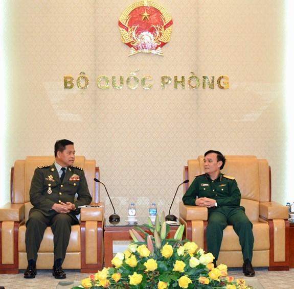 越南与柬埔寨军队加强通信联络合作 hinh anh 1