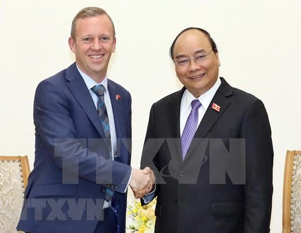 阮春福总理会见英国新任驻越大使加雷思·瓦德 hinh anh 1