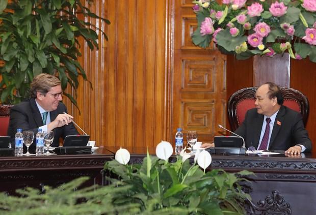 越南政府总理阮春福会见欧洲议会渔业委员会代表团 hinh anh 1