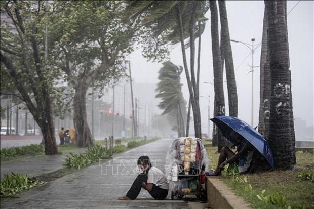 """菲律宾台风""""玉兔""""登陆 万人被迫疏散 hinh anh 2"""