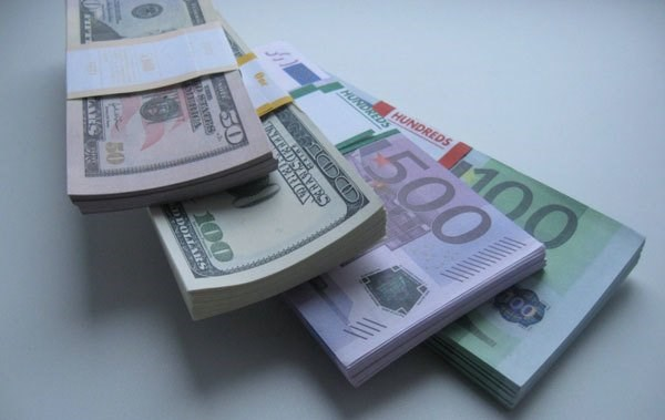10月31日越盾兑美元汇率稳定 英镑汇率下降 hinh anh 1