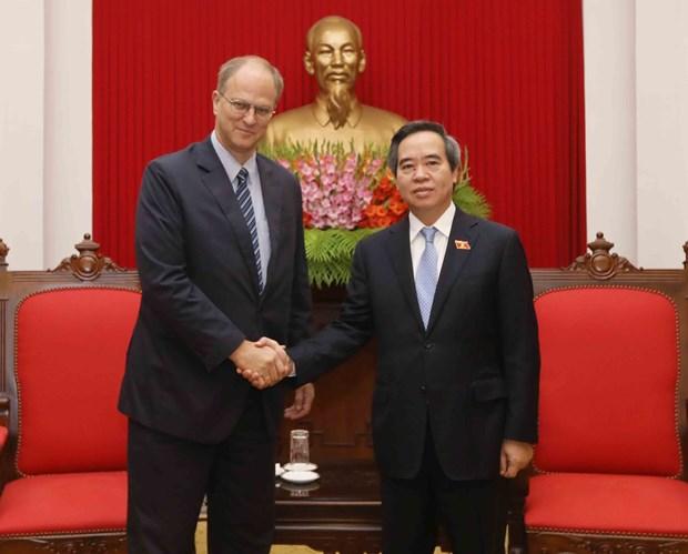 阮文平会见德国驻越南大使克里斯蒂安·伯杰 hinh anh 1
