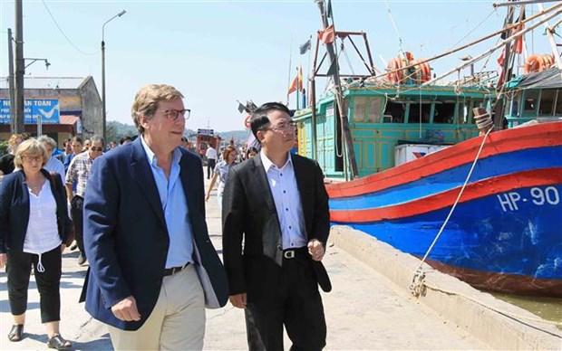 欧洲议会渔业委员会对海防市进行工作访问 hinh anh 1