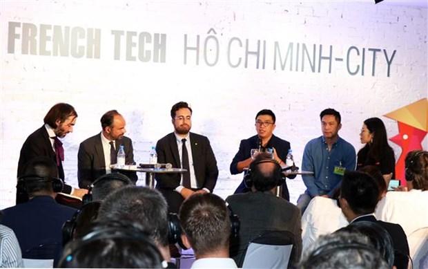 法国总理:不仅法国大型集团公司而且小型企业也将积极参与越南市场 hinh anh 2