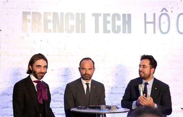 法国总理:不仅法国大型集团公司而且小型企业也将积极参与越南市场 hinh anh 1