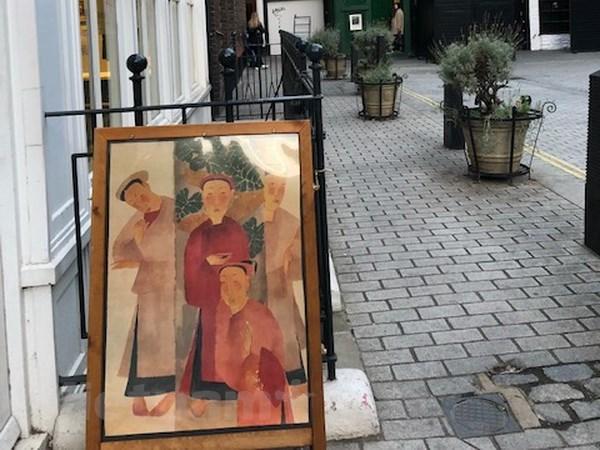 画家阮私严和裴春派作品展会在伦敦举行 hinh anh 1