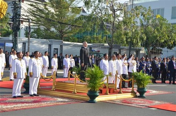 柬埔寨隆重举行国庆65周年庆祝活动 hinh anh 1