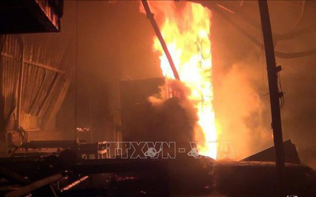 韩国一公司爆炸事故:越南驻韩大使馆尽快开展保护公民权益的措施 hinh anh 1