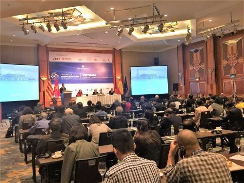 越南与巴塞罗那企业加强贸易对接合作 hinh anh 1