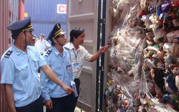 越南颁布关于暂时停止经营、暂进再出口、转口废料名单的规定 hinh anh 1