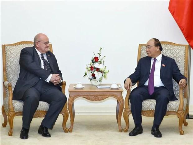 越南政府总理阮春福会见巴西驻越大使 hinh anh 1