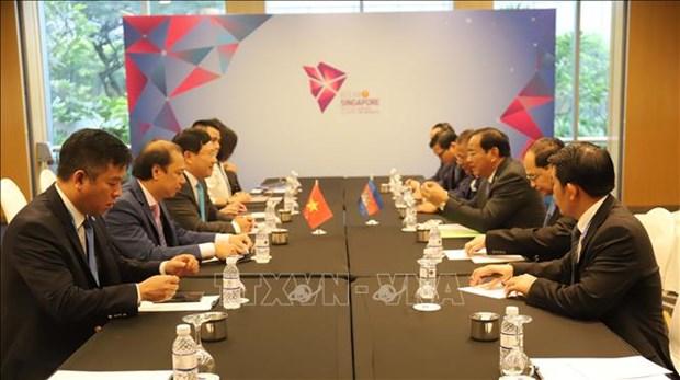 柬埔寨承诺为越裔柬埔寨人安置提供支持 hinh anh 1