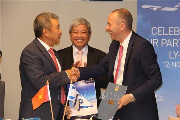 越南航空公司与以色列航空签署联营合作协议 hinh anh 1