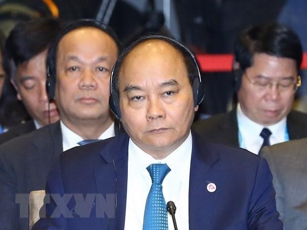 越南政府总理阮春福出席第20届东盟-韩国领导人会议 hinh anh 1