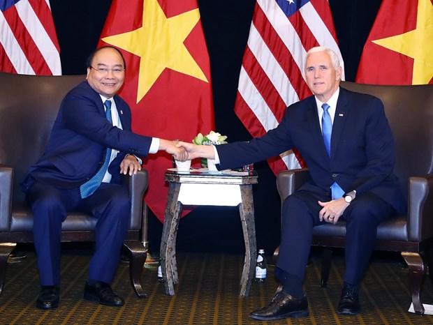 越南政府总理阮春福会见美国副总统彭斯 hinh anh 2