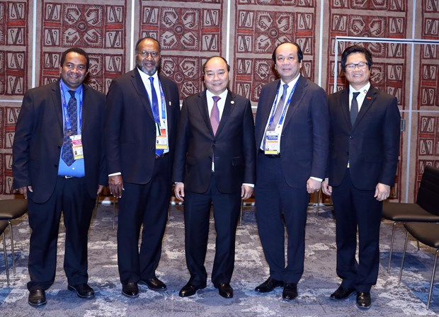 越南政府总理阮春福会见瓦努阿图总理夏洛特·萨尔维 hinh anh 2