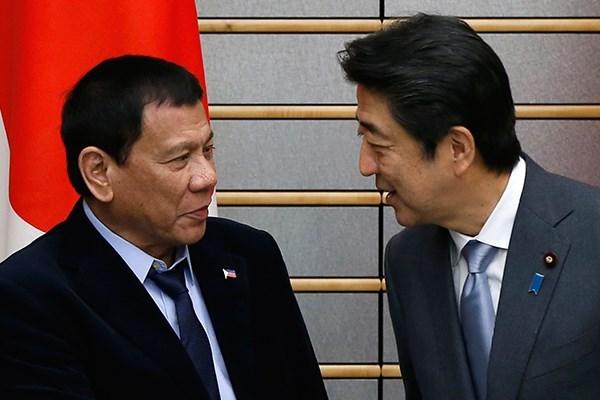 菲律宾与日本承诺维护东海航行自由 hinh anh 1