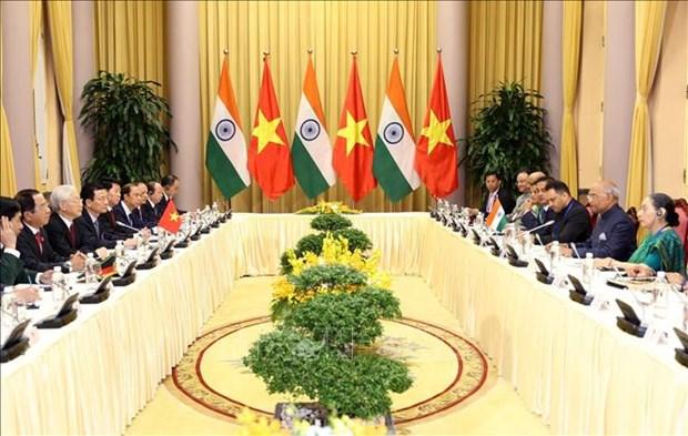 阮富仲与印度总统科温德会见国内外记者 hinh anh 2