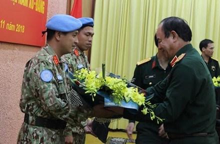 越南继续派遣两名军官赴南苏丹执行维和任务 hinh anh 2