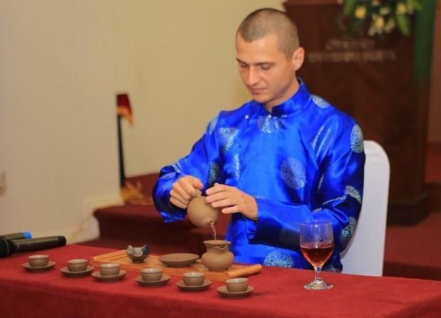 承天顺化省茶艺大师比赛吸引15个国家代表参加 hinh anh 1