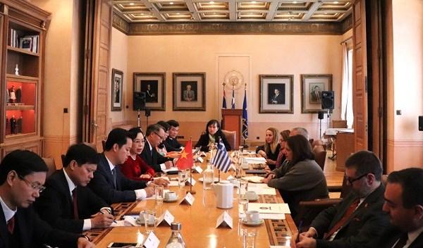 河内市扩大与埃及 、希腊和阿联酋的合作关系 hinh anh 2