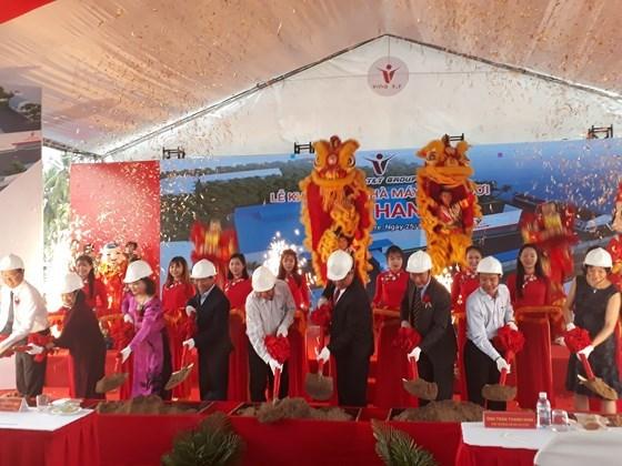 产量达2500万颗的椰青工厂动工兴建 hinh anh 1