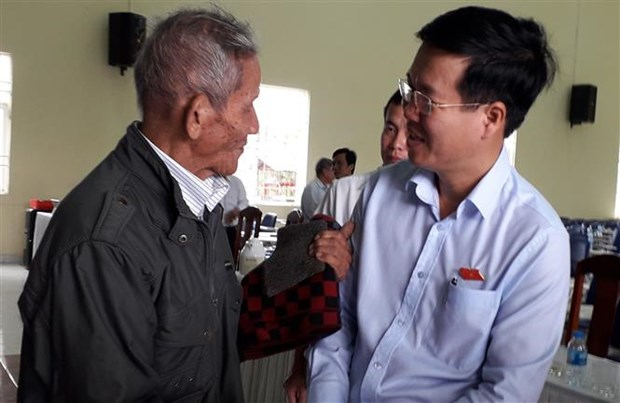 党和国家领导开展选民接待活动 hinh anh 2