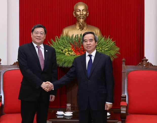 越共中央经济部部长阮文平会见中国共产党代表团 hinh anh 1