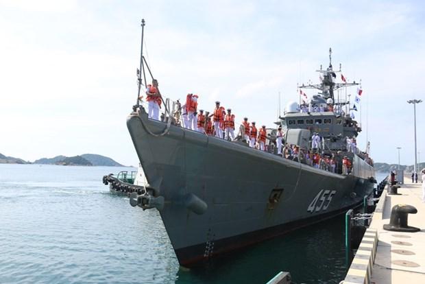 泰国海军舰艇访问越南富国岛 hinh anh 1