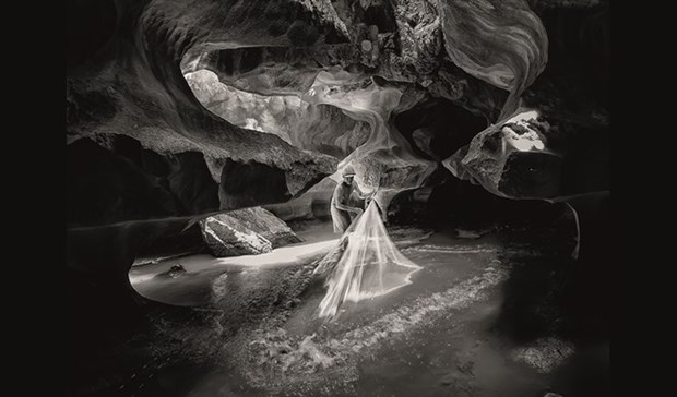 越南获得第十四届Orhan Holding国际摄影大赛的12个奖章 hinh anh 1