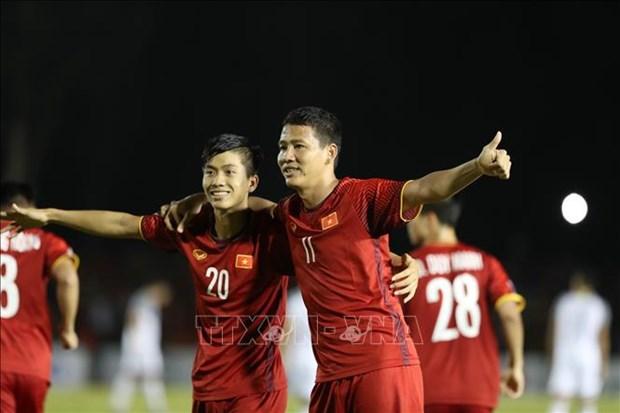 AFF Suzuki Cup 2018:越南队战胜菲律宾队 获国际媒体称赞 hinh anh 1