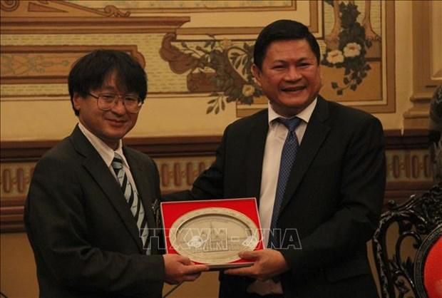加强日本与东南亚各国青年的团结协作 hinh anh 2