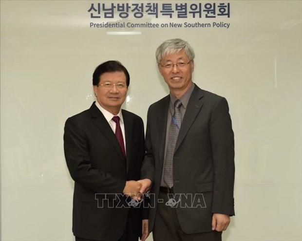 越南政府副总理郑廷勇访韩之行取得丰硕成果 hinh anh 1